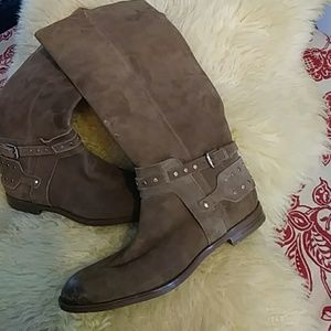 *Nine West tan leather stressed boots sz 8